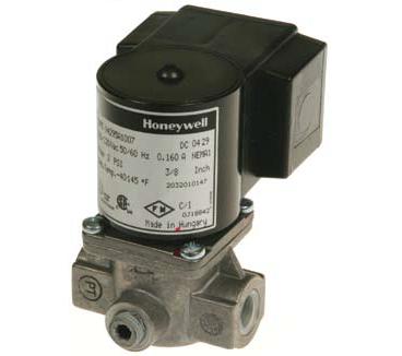 """Honeywell V8295A1057 Solenoid Valve 24V Normally Closed 2psi 1-1/2"""" NPT"""