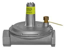 Maxitrol 325-9L-2-12A49 Lever Acting Design Line Regulator with Vent Limiter Installed 2""
